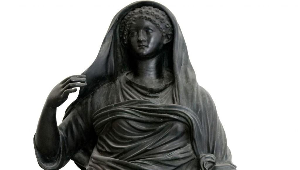 Beeld-van-Agrippina-Minor-uit-Herculaneum-Valkhof