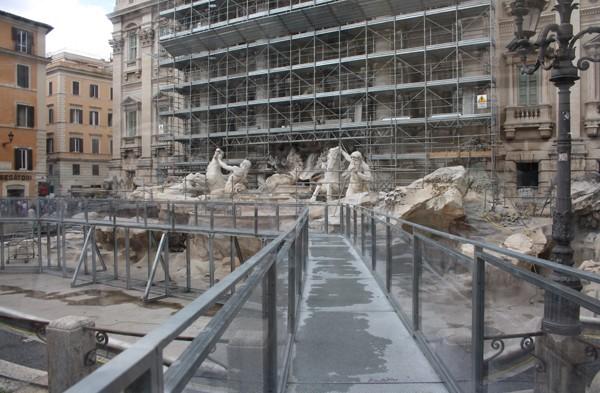 Onze vrouw in Rome: De Fendi Fontein