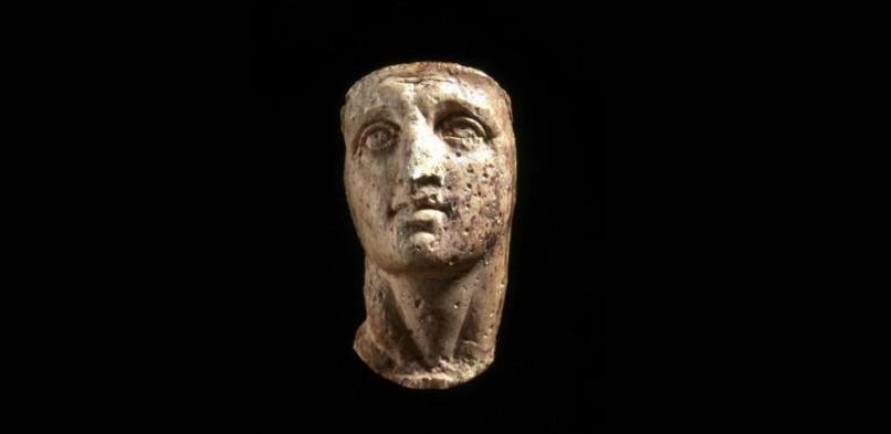 De ivoren gezichten van Alexander de Grote