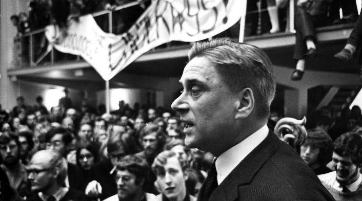 In de ban van Lenin: een studentenvakbond onder het communisme