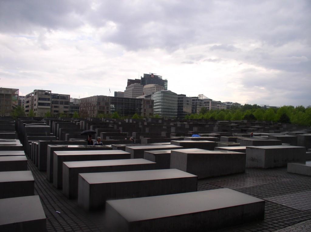 Het Holocaustmonument (Berlijn-Mitte, april 2014. Foto door Joep de Visser)