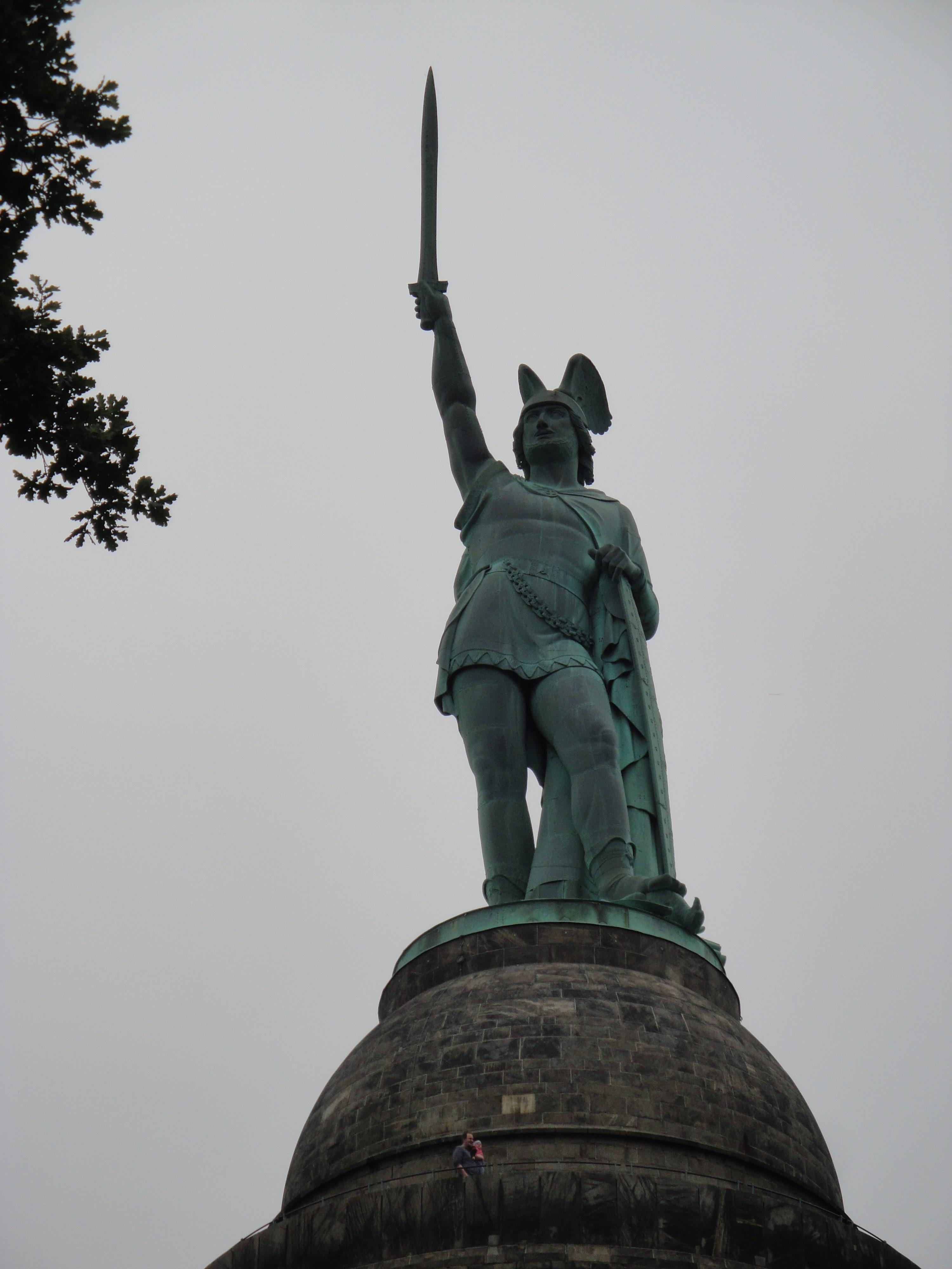 Onze vrouw in Hamburg: Hermann de Duitser