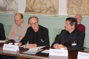 Van links naar rechts: Martijn Eickhoff (NIOD), Frank van Vree (NIOD) en Ton Nijhuis (DIA). Foto: Daniël Hendrikse