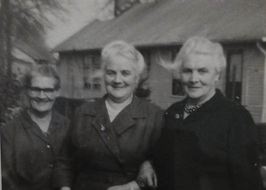 Verwant Verleden: Marie van der Velden-Dekkers. De moeder die baas van een bouwbedrijf werd